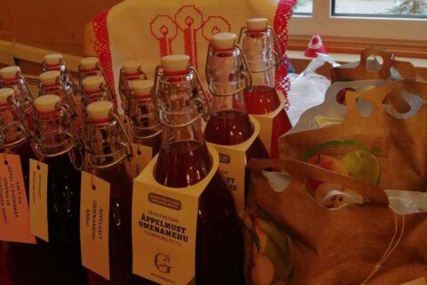 Julmarknad glögg och äppelmust